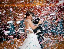 Конфетти и снег на первый танец