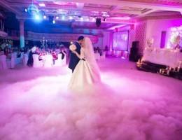 Тяжелый дым на первый танец