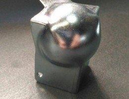 Шаровой уголок средний, со встроенной угловой стяжкой 47 мм AdamHall